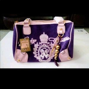 Woman's juicy couture bag purse